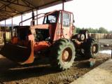 Vend Tracteur Forestier Occasion 2002 Roumanie
