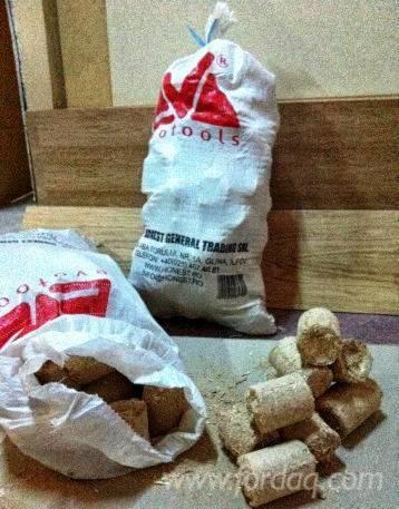 Wholesale-All-species-Wood-Briquets-70