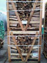 Firelogs - Pellets - Chips - Dust – Edgings Other Species For Sale Germany - BEECH firewood logs boxes 1 RM fresh & dry <25%