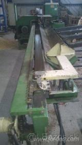 Forest & Harvesting Equipment Slovakia - Used Pezzolato Cleaving Machine in Slovakia