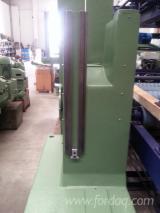 null - Gebraucht PRIMUTLINI 1100 Blockbandsäge, Vertikal Holzbearbeitungsmaschinen Italien zu Verkaufen