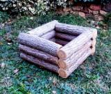 Buy Or Sell Wood Flower Pot - Planter - Acacia Flower Pots