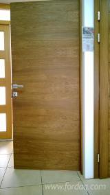 波斯尼亚与赫塞哥维纳 供應 - 天然木皮单板, 橡木, 平切,平坦