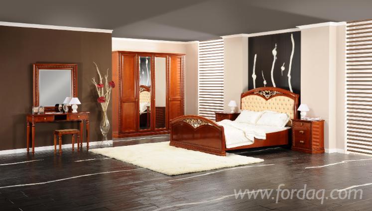 Camere Da Letto Tradizionali : Vendo arredamento camera da letto tradizionale legno massello