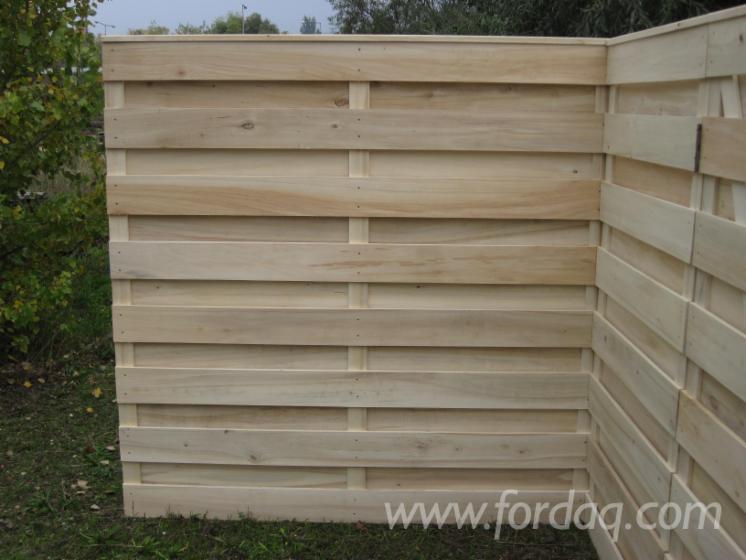 Poplar - wooden fence panels, partition fence, noise backboard