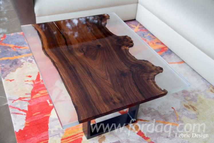 Resin and Wood Tables 5 X 130 X 53 cm
