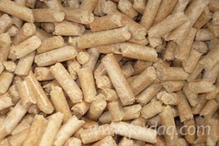 Pellets---Briquets---Charcoal