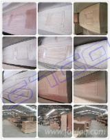 Revestimentos De Madeira Para Portas En Venta - Revestimentos De Madeira Para Portas China À Venda