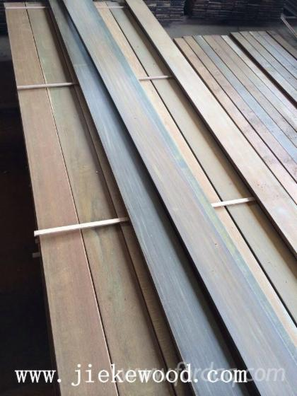 IPE-Decking-E4E-100--Tabebuia-Spp-and-other-solid-wood