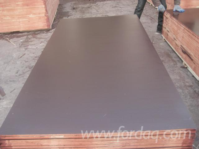 phenolic-brown-film-faced-plywood--poplar-core