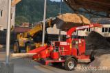 Renting SKORPION 250 SDT wood chipper