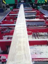 Hardwood - Square-Edged Sawn Timber - Lumber  Supplies Germany Squares, Eiche / Lärche