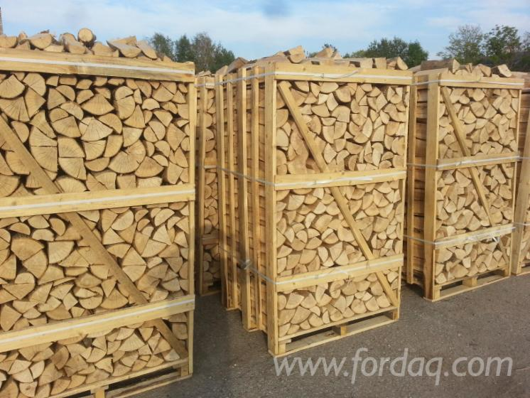 Kiln-dried-firewood-in