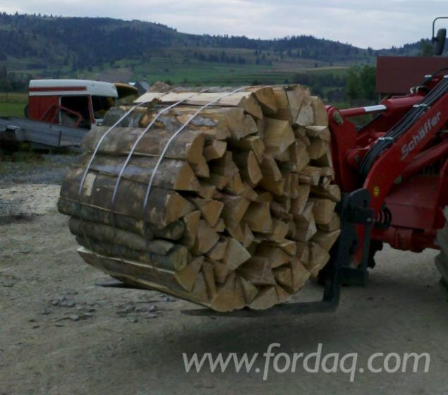 Wholesale beech firewood woodlogs cleaved from romania