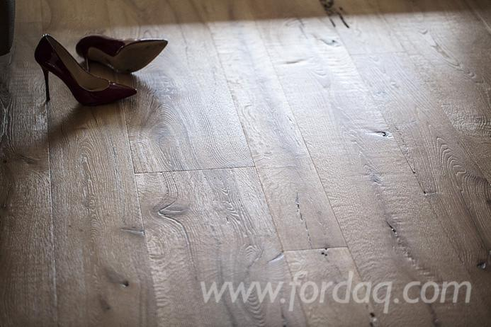 Briccola-%28oak-taken-from-the-Venice-Lagoon%29-parquet