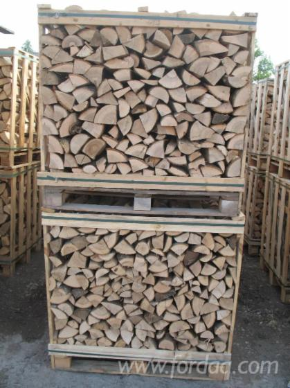 Firewood-cleaved--Wood-boxes-1m3---2m3-or-Packed-in--bags--All