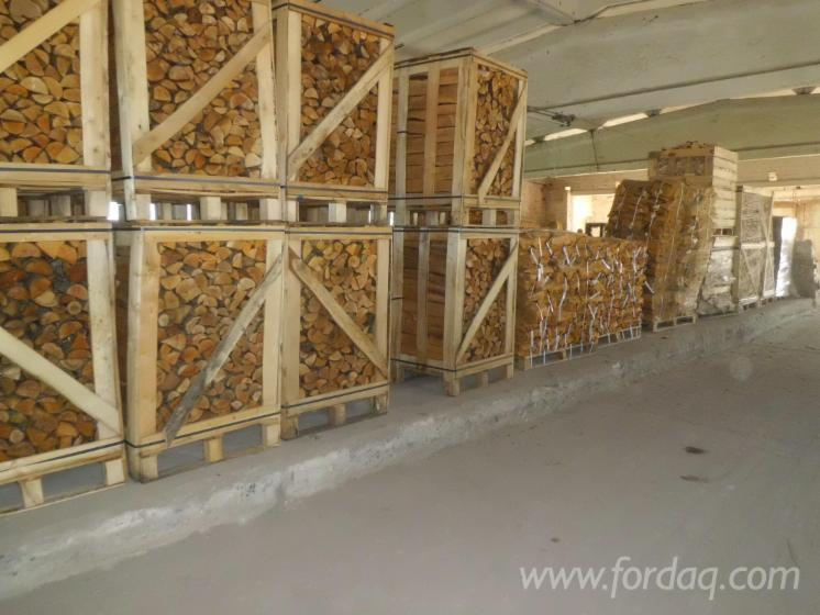 KD-birch-and-alder-firewood-in-wood-boxes-and-net