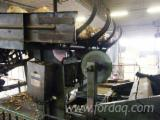 Used Wood Veneer Peeler For Sale - sheeter S. Cremona SF 900 x 2700 with center-charger trunks OLM 580 V4