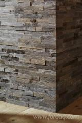UNIKO panels for walls in oak and fir