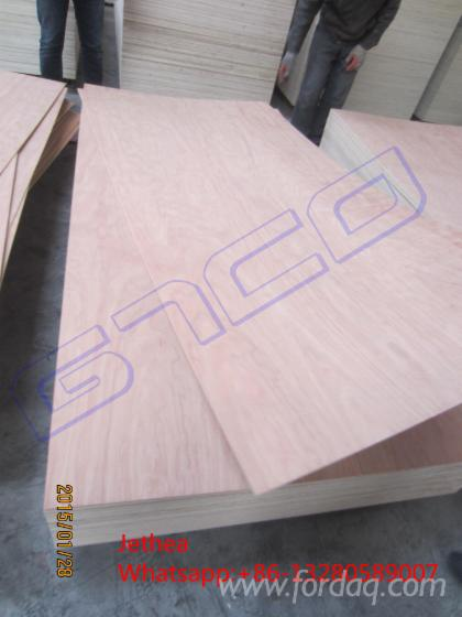 Red-meranti-plywood-hardwood