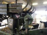 Підприємство Для Продажу - Італія, Виробник лущеного шпона
