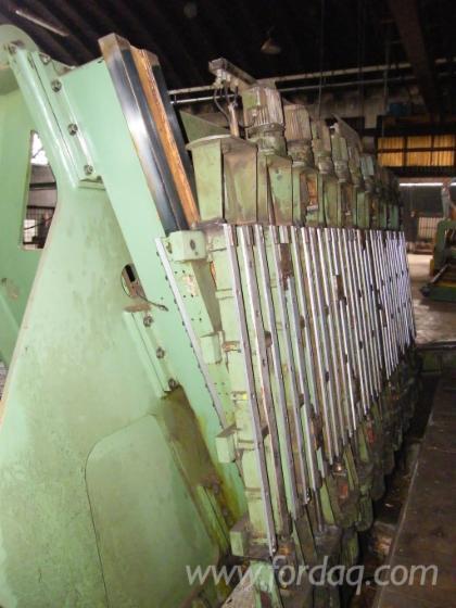 Vertical-veneer-cutter-%E2%80%9CCremona%E2%80%9D-mod--TZ