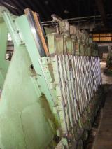 Máquinas Planas CREMONA Usada TZ5000 en Italia