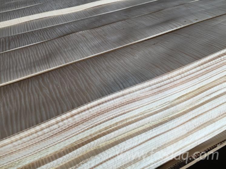 Figured Natural Maple Veneer