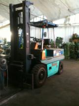 Used Front Stacker For Sale in Italy