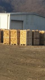 Buy Or Sell  Firewood Woodlogs Cleaved Romania - Beech (Europe) Firewood/Woodlogs Cleaved in Romania