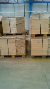 Laubschnittholz, Besäumtes Holz, Hobelware  Zu Verkaufen Spanien - Bretter, Dielen, Esche