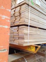 Find best timber supplies on Fordaq - Latifoglia Srl - Oak square edged KD random width
