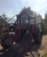 Tractor forestier massey ferguson