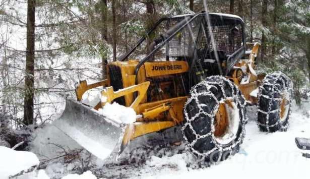 tracteur forestier john deere 440