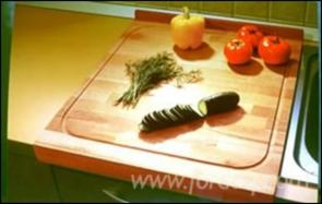 Producing-cutting-boards-and-solid-wood-panels-from