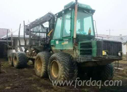 Used-Timberjack-Forwarder-in
