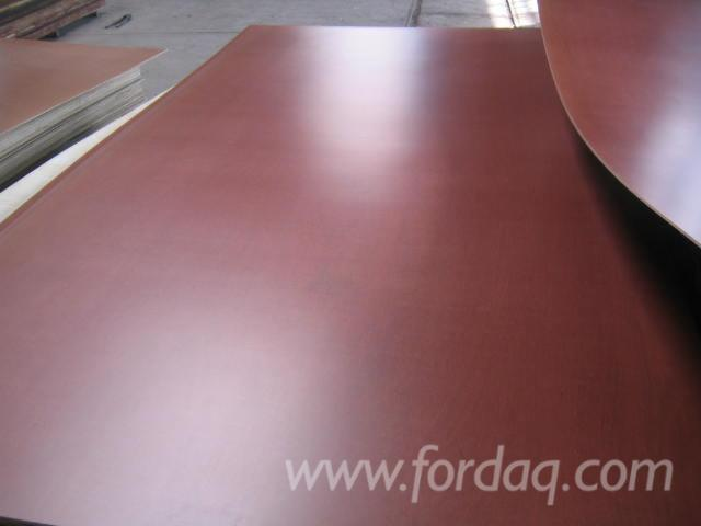 Face-A-Grade-Film-Faced-Plywood-%28Brown-Film%29-in