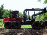 Forest & Harvesting Equipment - Used 2015 Komatsu 840 TX / 5266 h Forwarder in Germany