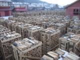 FSC Certified Firewood, Pellets And Residues - FSC Beech  Firewood/Woodlogs Cleaved 8-13 cm