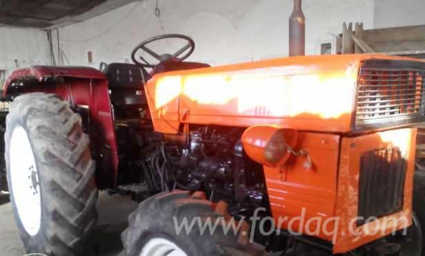 Used-----Farm-Tractor-in