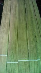 Sliced Veneer ISO-9000 - Walnut