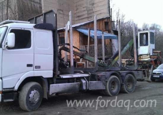 Used-Longlog-Truck-in