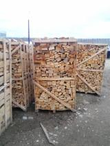 Wholesale  Firewood Woodlogs Cleaved Romania - A new typ of dry beech firewood for sell