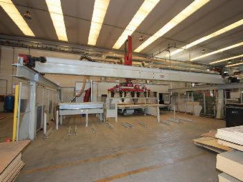 For-sale--Machining-center---CMS