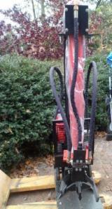 New Forest Harvesting Equipment - Chipper - Cleaver - Debarker, Cleaving Machine