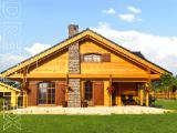 Wooden log house prefabricated