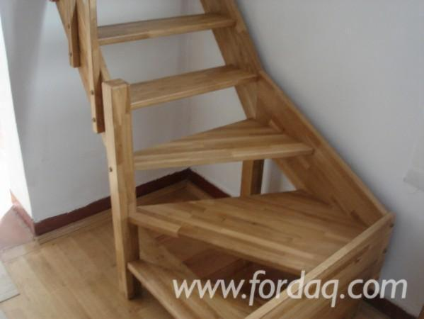 stairs-from-oak-and