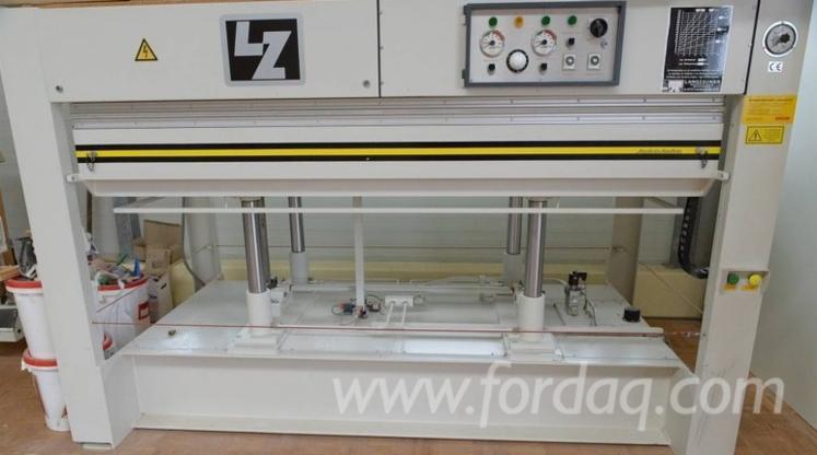 For-sale-Langzauner-Veneer-Plywood