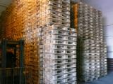 Buy Or Sell Wood Recycled - Used In Good State  - Used euro pallets