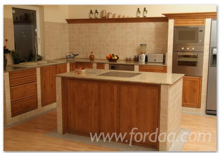 Vend ensemble de meubles de cuisine traditionnel feuillus for Ensemble de meuble de cuisine